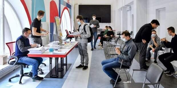 Собянин лично поблагодарил волонтеров за работу в период пандемии/mos.ru