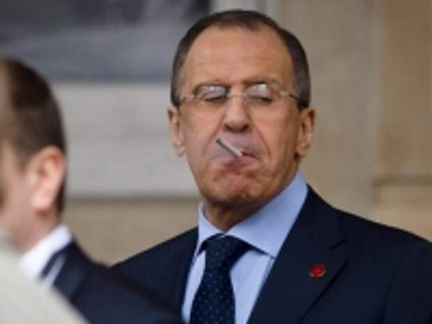 ПРАВО.RU: Сергей Лавров призвал смягчить законы РФ об ограничении курения