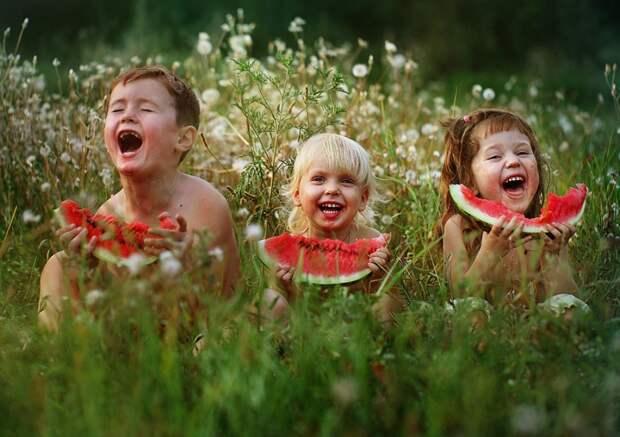 10 правил, которые сделают вашего ребенка счастливым
