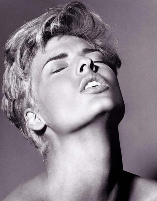 Линда Евангелиста (Linda Evangelista) в фотосессии Стивена Мейзеля (Steven Meisel) (1991), фотография 5