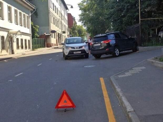 Водителей будут штрафовать за перекрытие проезжей части при мелких ДТП
