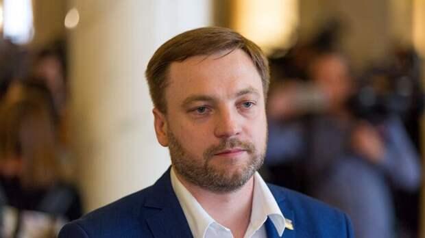 Зеленский предложил Монастырского на место уволенного Авакова
