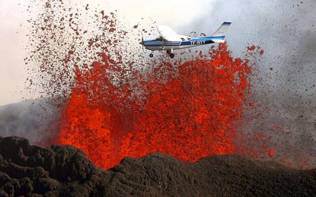 Раскалённая лава