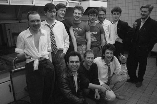 """В преддверии 90-ых: Гарик Сукачев и группа """"Бригада С"""". 1986 год"""