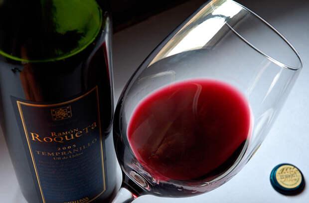 Как пить вино по всем законам жанра