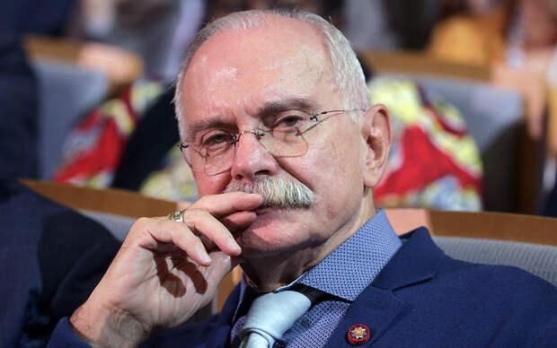 Никита Михалков предложил лишать гражданства за призывы к санкциям против России