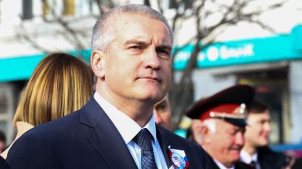 Аксенов заявил, что обратится за финансовой помощью из-за ситуации в Крыму