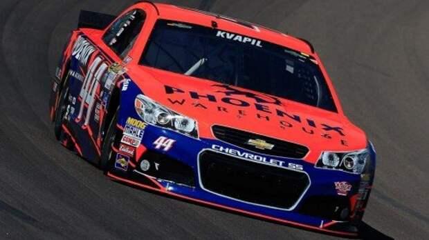 080515-NASCAR-Travis-Kvapil-driver-of-the-44-Chevrolet-PI.vadapt.955.high.0