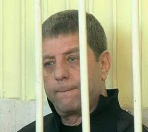 Член ОПГ «Башмаки» и экс-директор футбольного клуба «Таврия» и экс-депутат Рувим Аронов