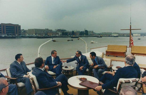 США. Прогулка по реке Потомак. Автор Мусаэльян Владимир, 1973.jpg