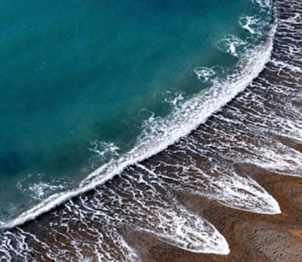 Загадочное явление на пляже, которое не могут объяснить ученые...