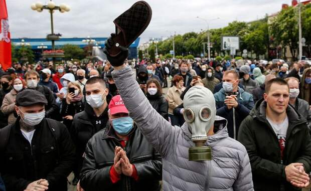6 новостей выходных: пожары в Калифорнии и протесты в Хабаровске