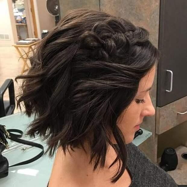 30 стильных идей объемных причесок на короткие волосы на каждый день