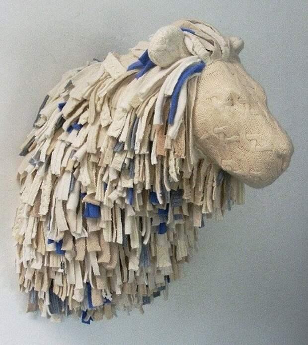 Лошадь в чешуе и Ко