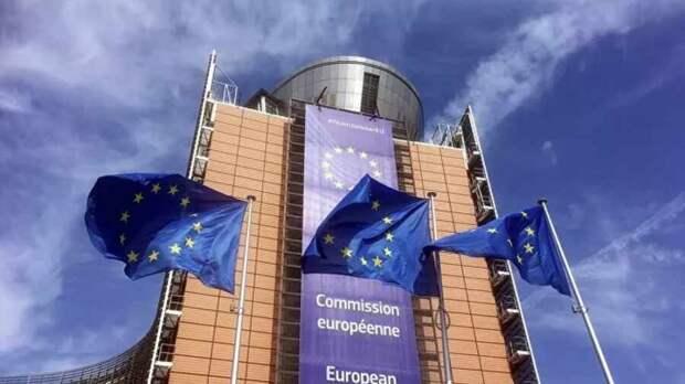 Евросоюз скоро лопнет изнутри, но он размышляет, как наказать Россию