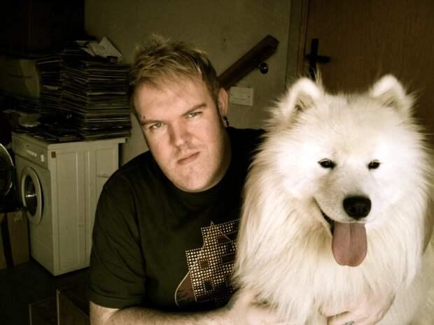 """Каждому свой лютоволк: 11 актеров из """"Игры престолов"""" и их собаки"""