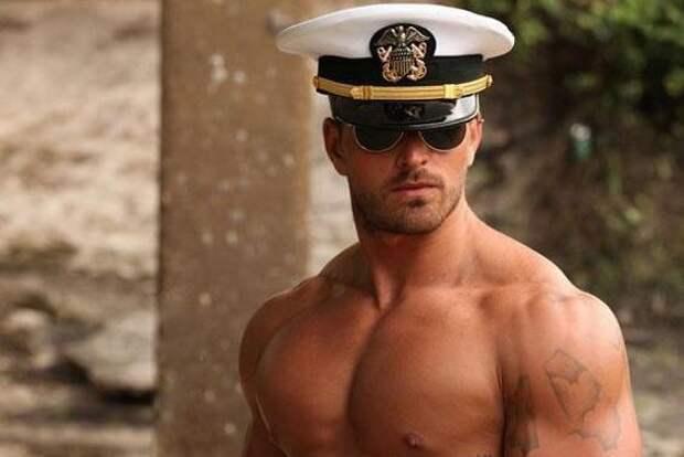 Горячее не бывает: самые сексуальные военные со всего света