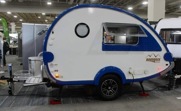 Трейлер T@b того же производителя с внедорожным пакетом Boondock Edge авто, дома на колесах, кемпинг, отдых, прицепы, трейлер, трейлеры, фото