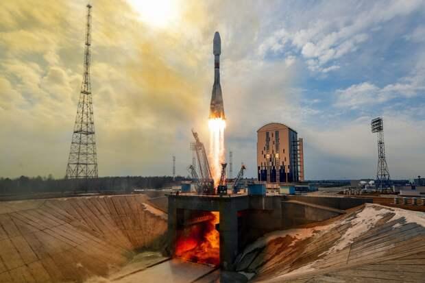 «Союз-2.1б» с разгонным блоком «Фрегат» вывел 36 аппаратов спутниковой компании OneWeb на целевые орбиты.