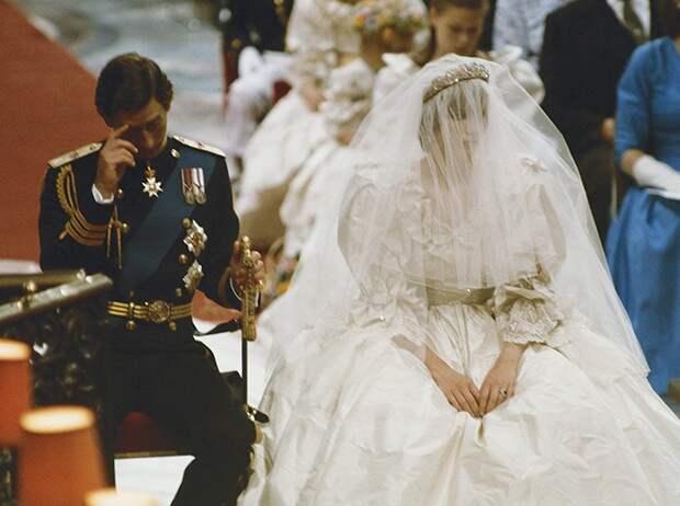 Как предсказать развод по свадебным снимкам: 8 наблюдений фотографов
