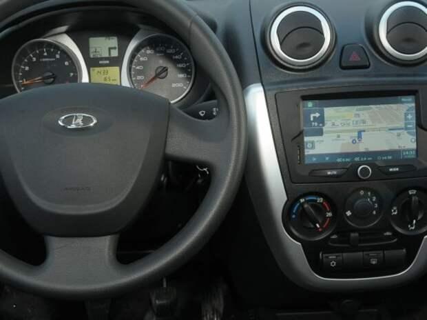 Партию Lada Granta со встроенными навигаторами ГЛОНАСС-GPS отправили дилерам