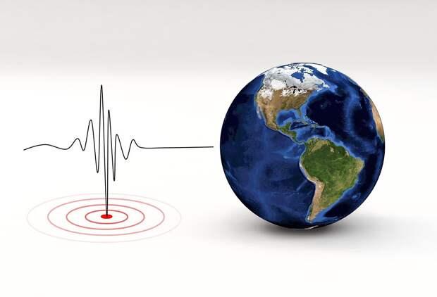 Мощное землетрясение произошло  у границы России и Монголии