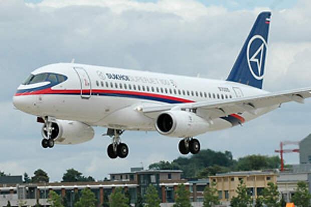 """Компания """"Сухой"""" заинтересовалась инвестициями в индонезийскую авиакомпанию-банкрот Merpati Nusantara Airlines"""