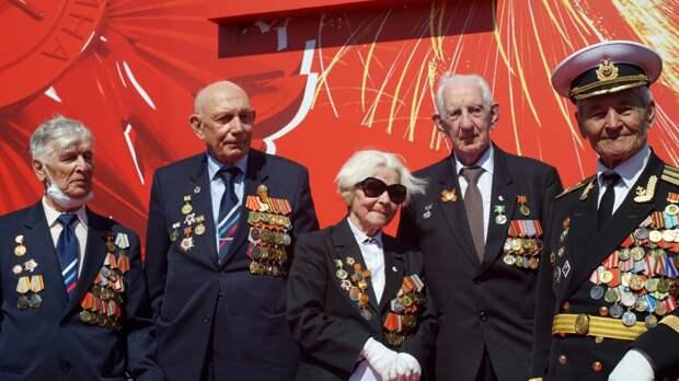 Военнослужащие приняли участие в социальной акции «Почта Победы» в Сибири