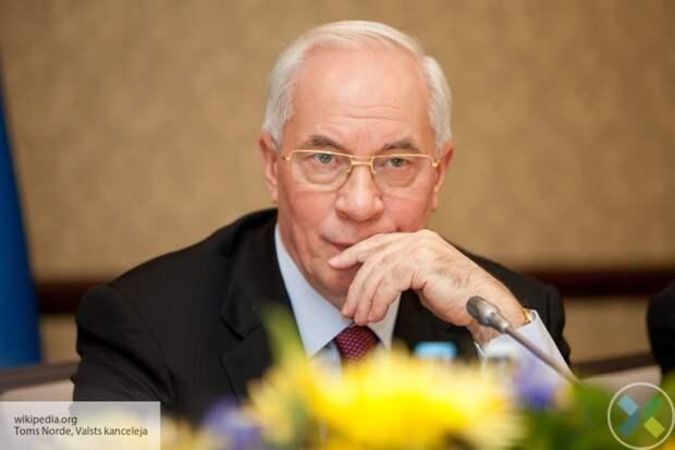 Азаров назвал Зеленского «западной марионеткой»