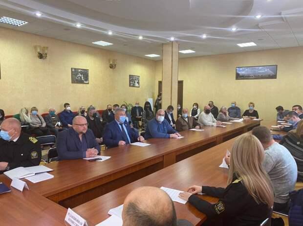 Керченского депутата досрочно лишили мандата из-за сокрытия сведений о доходах