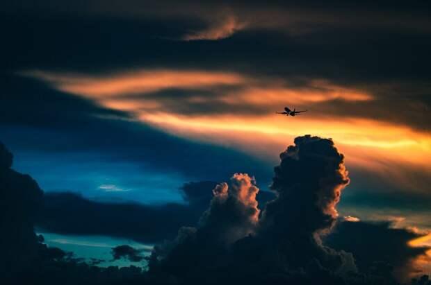 Самолёт с 21 человеком на борту разбился в Техасе, все остались живы