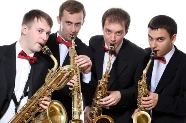 http://afisha.mediaport.ua/sites/default/files/imagecache/height-800/concert/ot-klassiki-do-dzhaza-sax-kings.jpg