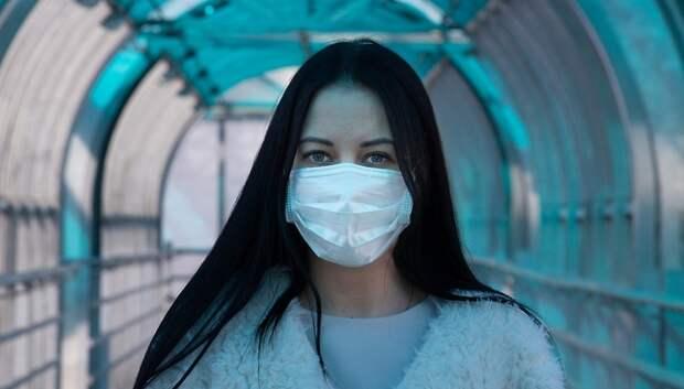 Воробьев поблагодарил сотрудников полиции, ГИБДД и волонтеров за раздачу масок