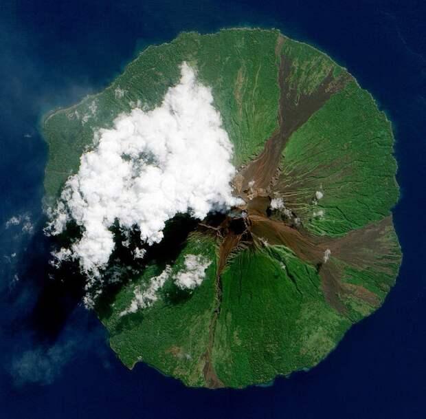 Вулкан Манам