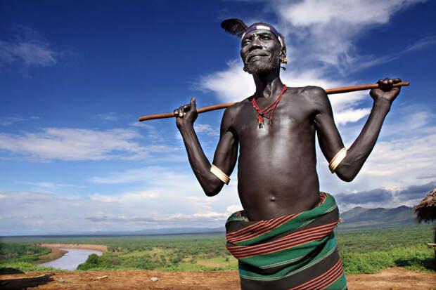 Глава племени Каро в деревне Корчо, Эфиопия вокруг света, путешествия, фотография