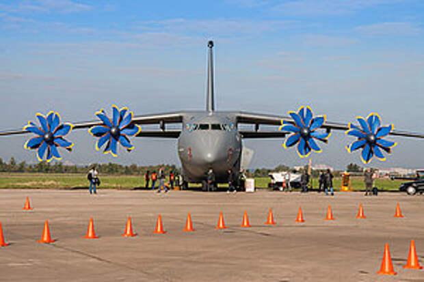 На Украине завершились госиспытания военно-транспортного самолета Ан-70