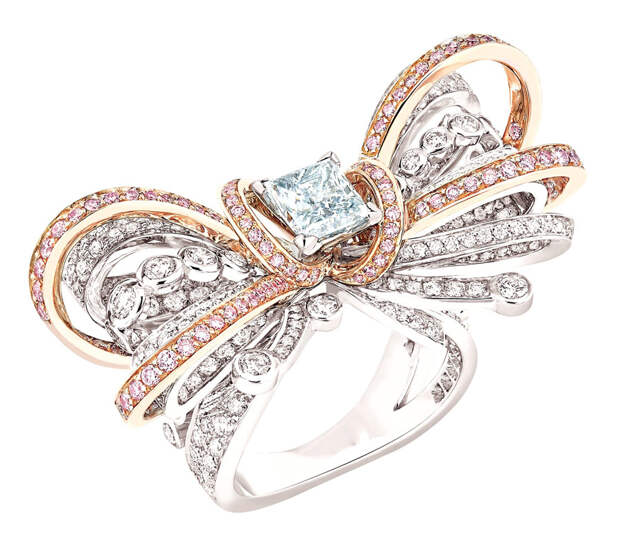 Chanel Bague Couture