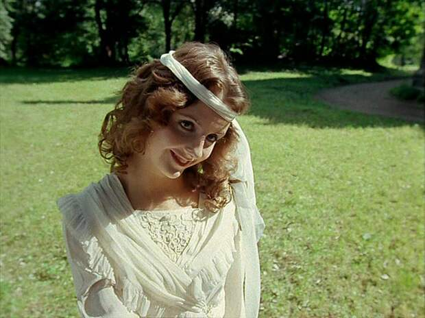 Красавицы из 90-ых: Анна Демьяненко
