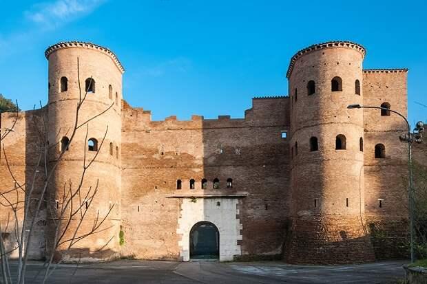 Ослиные ворота, через которые византийцы попали в Рим.