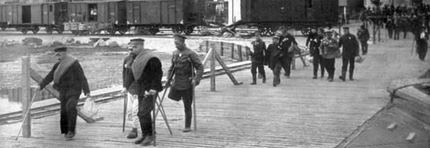 Торнеа (Швеция). Германия и Россия обмениваются пленными.