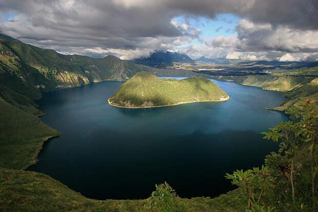 21. Куикоча, Эквадор в мире, озеро, природа