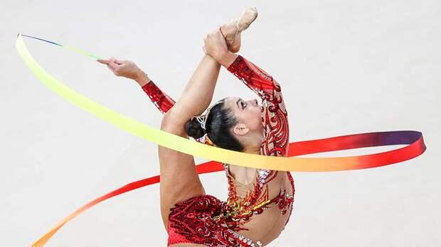 В основе «фирменного» элемента гимнастки Крамаренко оказался поворот Кабаевой