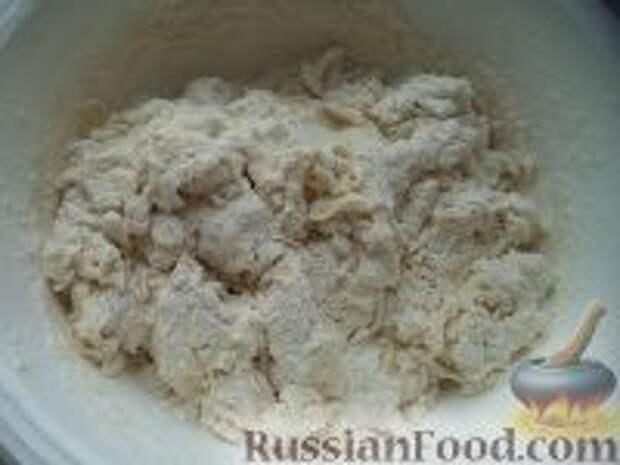 Фото приготовления рецепта: Лепешки с зеленым луком - шаг №2