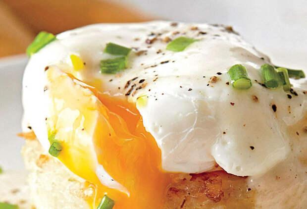 Варим яйца в пакете за минуту