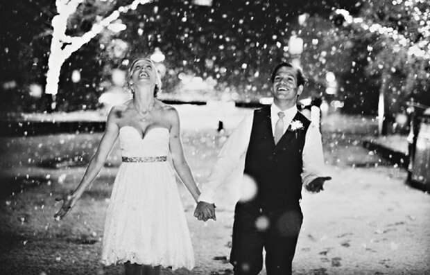 17 пар, которые доказали, что свадьба зимой — это круто