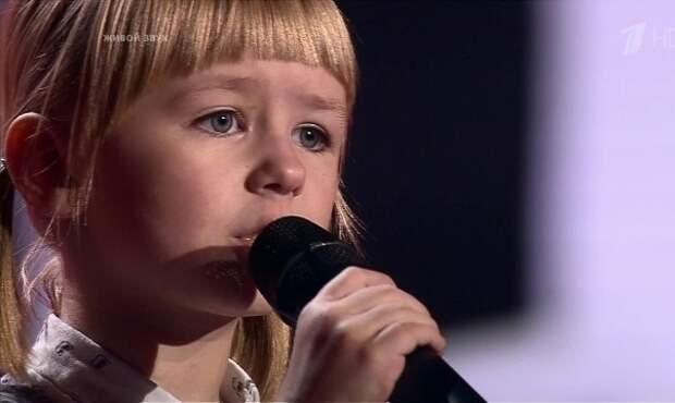 «Кукушка» Виктора Цоя в исполнении 7-летней девочки