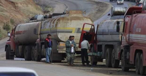 Неизвестная авиация ударила по подконтрольной туркам территории в Сирии