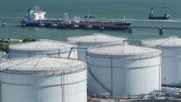 Почти напроцент сократились запасы нефти вСША занеделю