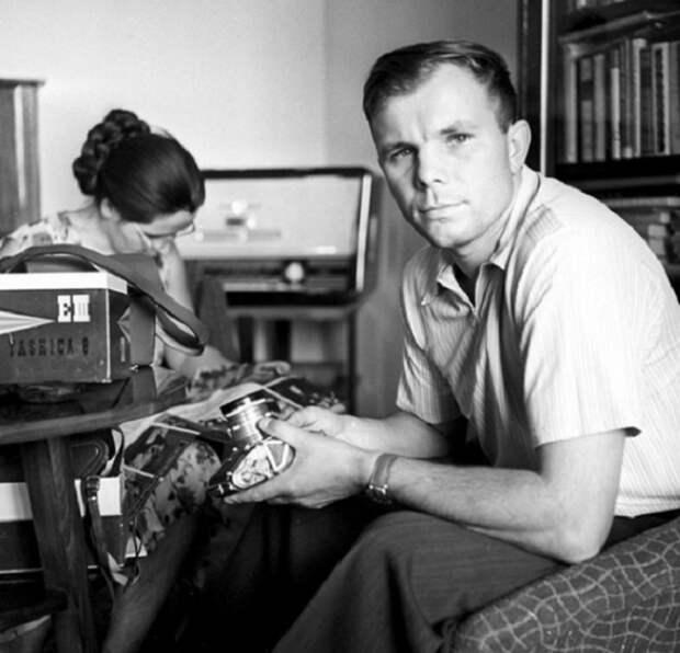 30 редких снимков советских знаменитостей, которые пользовались всенародной любовью
