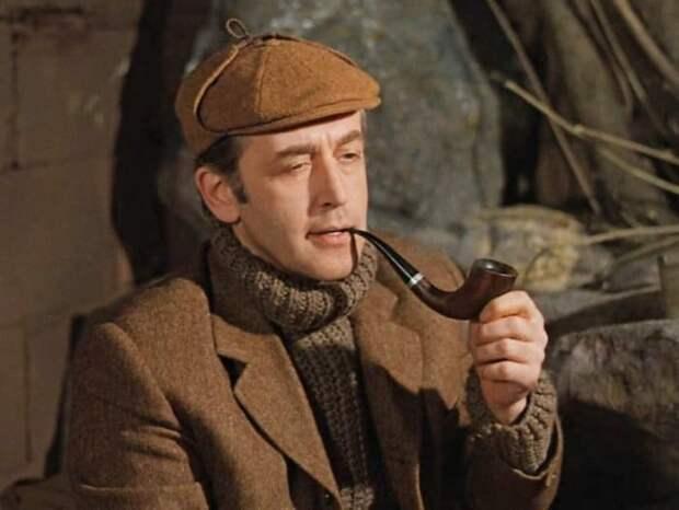 Василий Ливанов в образе Шерлока Холмса   Фото: inter.ua
